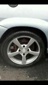 "2x 15"" alloys wheels good tyres"