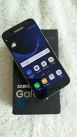 Samsung Galaxy S7 32gb. Unlocked. Excellent condition.
