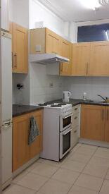 Edmonton N18 - Large ground floor Studio flat. Separated Kitchen. Includes Bills Tax & internet.