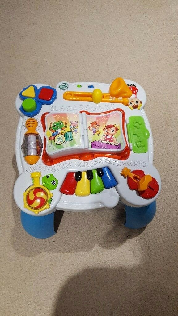 Baby/toddler music table