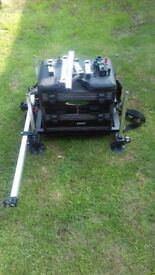 Maver mx1000 fishing seat box. Used very good condition. Accessories included as shown.