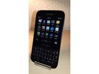 Blackberry Q5 - EE - Good Condition