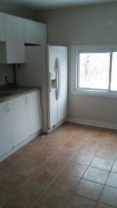 Shared room for rent near Mohawk College
