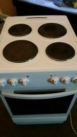 8 month old electric cooker white