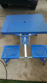 fold out table and chairs