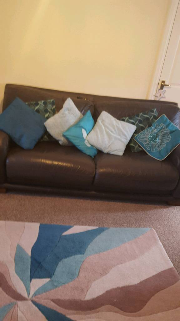 Teal scatter cushions