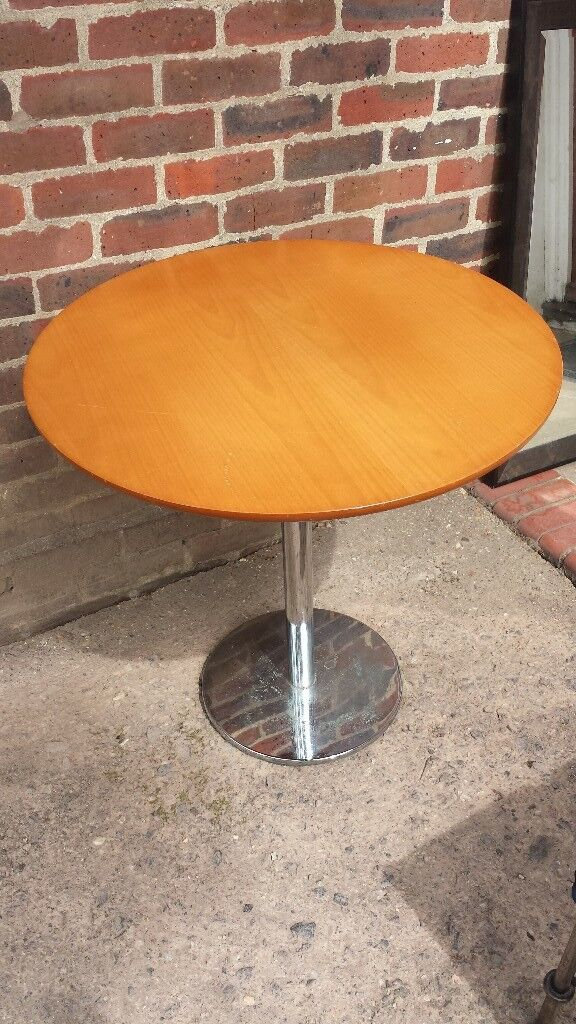 Weighted Round Table Beech