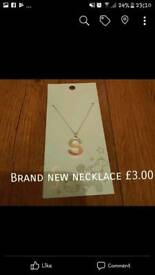 Brand new girls necklace