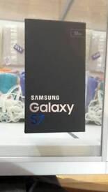 Samsung galaxy S7 black new factory sealed 32GB