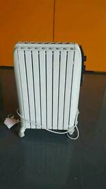 De'Longi Oil filled radiator As New