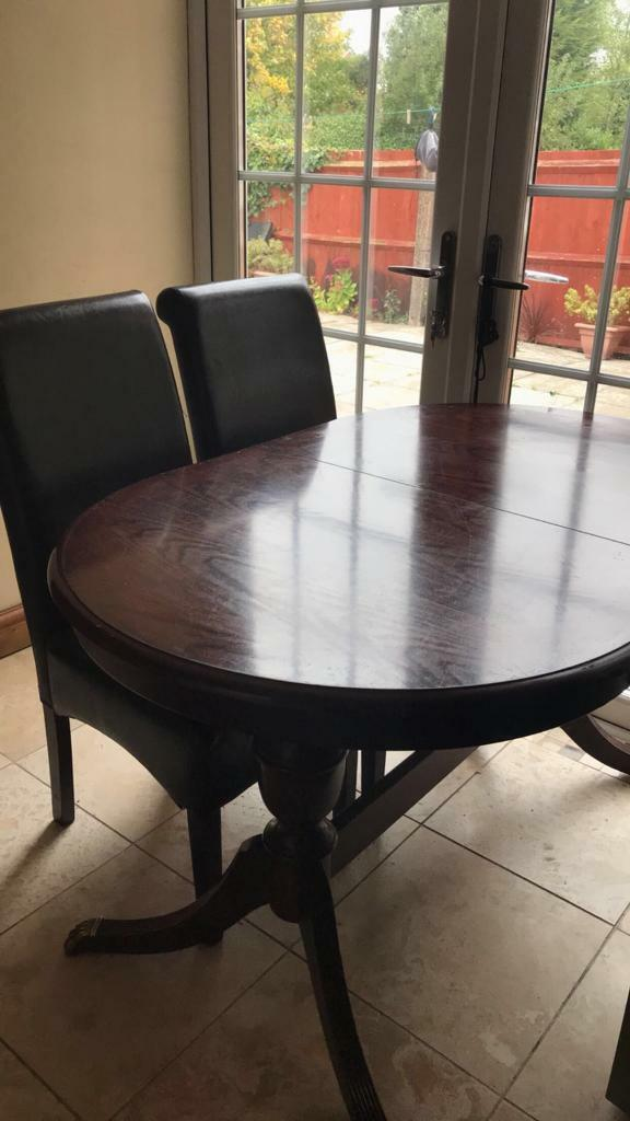 Dining table with 3 free chairs