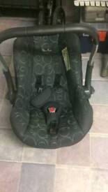 Silvercross travel system / car seat pushchair