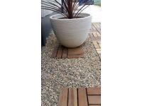 Garden chippings pebbles