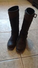 BROWN BOOTS FOR GIRLS SIZE 1 FOR SALE £5 ONLY