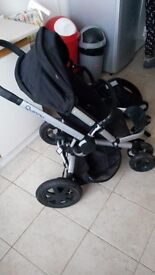 Quinny buzz travel system. Pram, Easy/isofix car base and seat.