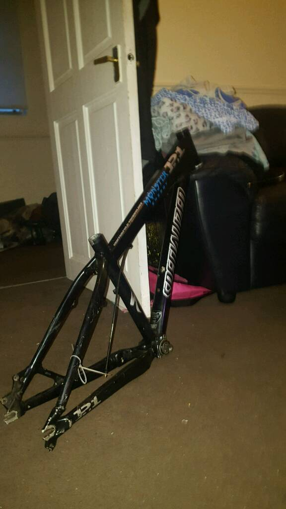 specialized p1 dirt jump frame | in Stafford, Staffordshire | Gumtree