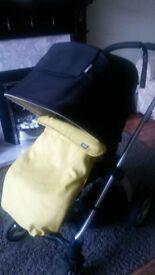 Mamas and Papas Sola2 Buggy and Maxicosi car seat