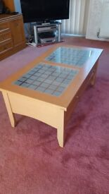 Coffee Table - modern style, with glass and oak wood effect