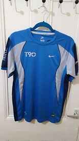Nike Mens Large Sports Shirt Training Running Football T-Shirt