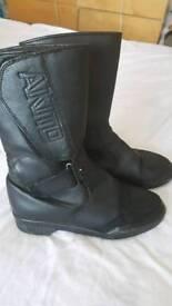 Akito boots 6