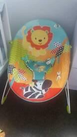 Vibrating baby seat