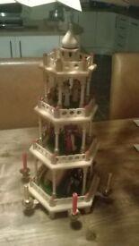 Turning nativity showpiece