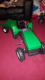 Kids tractor and trailer new
