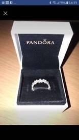 Pandora Daisies ring size 52