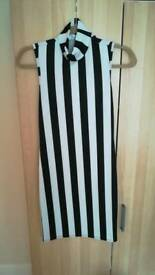 Black and White Striped Size 8