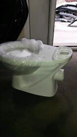 brand new 6 toilet on box ,i have only toilet no cisterns