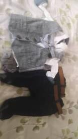 Boys suit 3-6 months