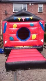 ***FOR SALE**** Childs bouncy castle/Ball pit