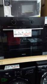 New graded Samsung single built in oven with 12 months guarantee
