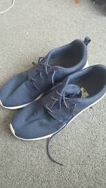 Nike Roshe runs size 11 great condition