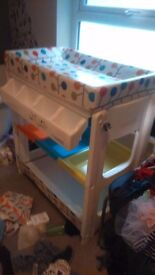 Cossatto baby changing station with bath