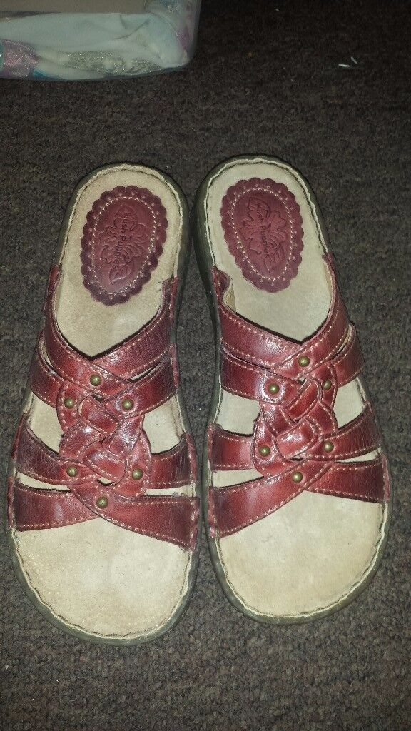 Sandals hush puppies size uk 5 brand new boxed