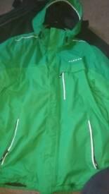 Green dare2b snow coat L