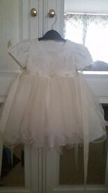 Beautiful ivory dress for sale. You can use this dress for a Chritening or a wedding. Thankyou all!!
