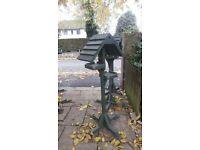 Freestanding bird table