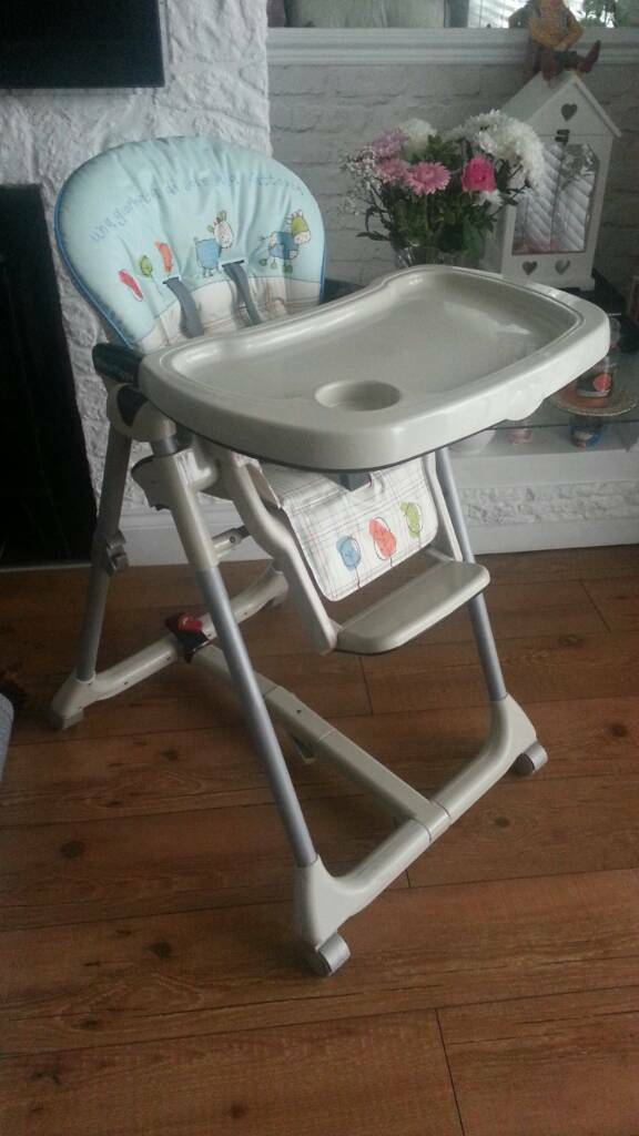 Very good clean condition high / low chair