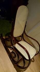 Rocking/nursing chair