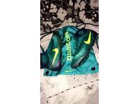 Nike Magista Football Boots Size 9.5 UK