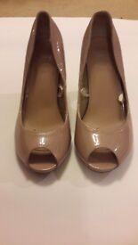 nude peep toe heels excellent condition £5