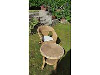 Garden table + chair