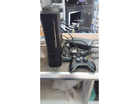 Xbox 360 250gb inc Cables and controller