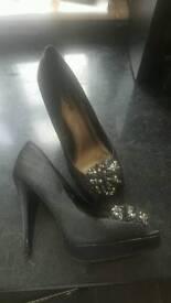 Dress shoe