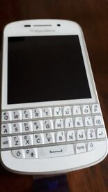 Blackberry Q1O Smartphone