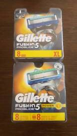 Gillette Fusion 5 Power Men's Razor Blades - 16 Blades in total