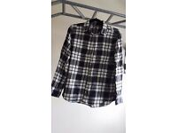 Uniqlo check shirt (used/ size Large)