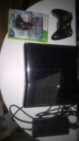 Xbox 360 (250gb) with controller and Assassin's Creed 4